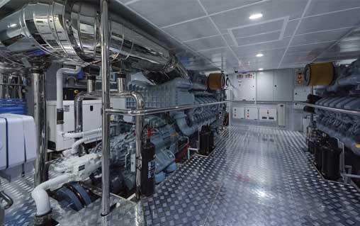 Majesty-155-Interior-Engine-Room-1